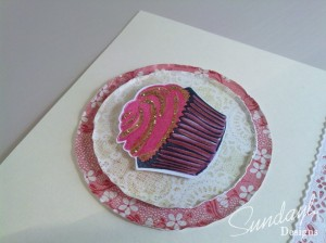 cupcake-card-red-close up